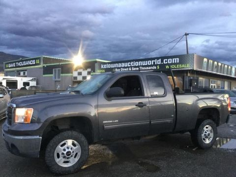 Pre-Owned 2011 GMC SIERRA 2500HD SLE